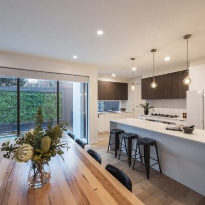 modern-dining-area-and-kitchen